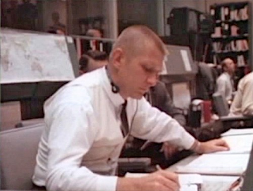 the successful landing of apollo 13 through the leadership of gene kranz Apollo 13: a 20-year-old team classic ed harris as flight director gene kranz she is passionate about creating business results through leadership and.