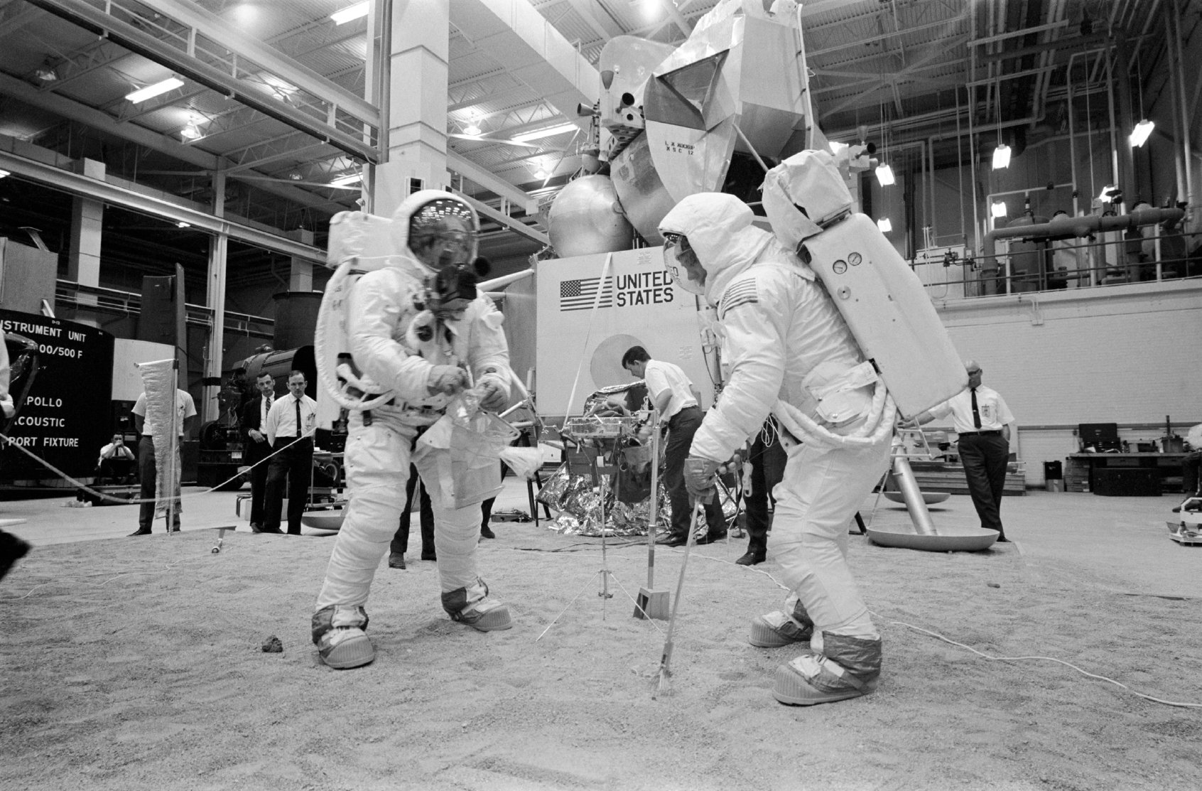 Apollo 14 Hamish Lindsay Ups Circuit Diagram Neil Armstrong Left And Buzz Aldrin During A Simulation Of The Eva In Building 9 At Msc Houston Image As11 S69 31123 Courtesy