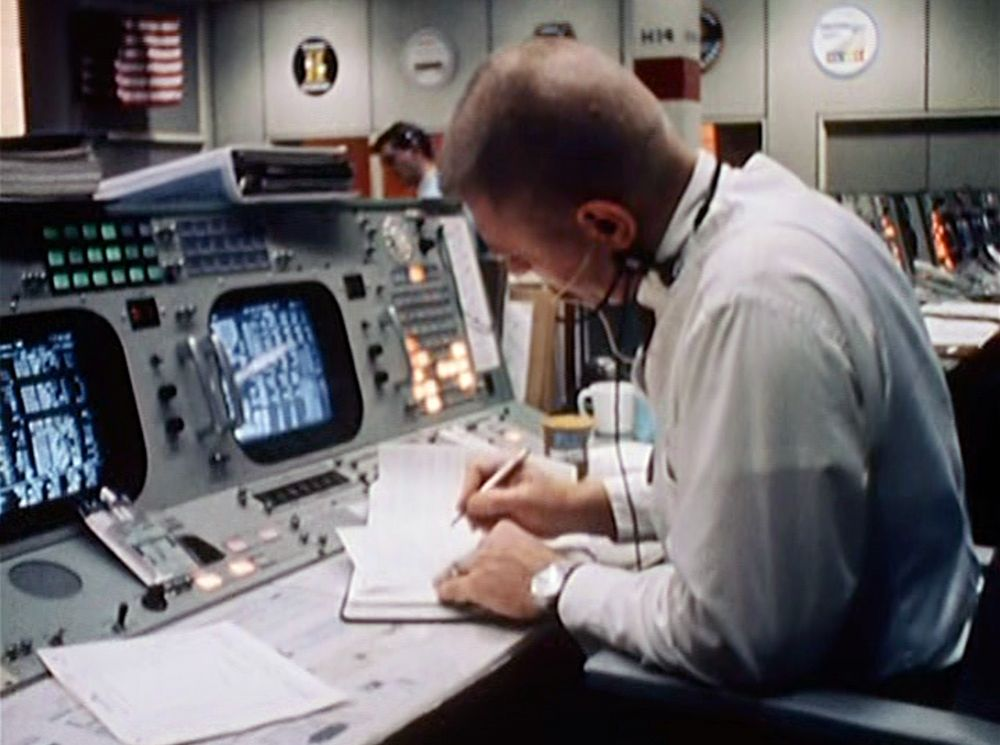 teamwork in apollo 13